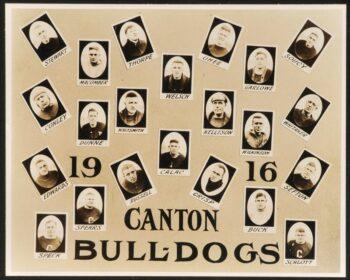 Team photo of the 1916 Canton Bulldogs